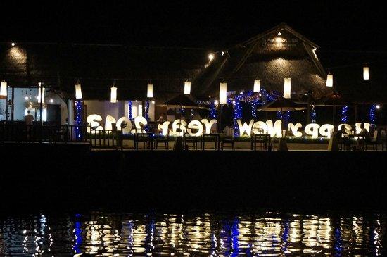 Baan Rim Nam: Night View 3 from decking