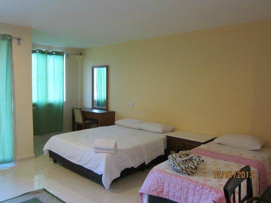 Pondok Muara Chalet: room