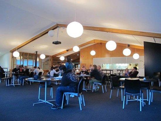 Chamois Bar & Grill : Interior