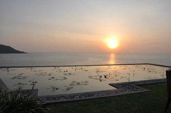 Impiana Private Villas Kata Noi : View from villa gardens