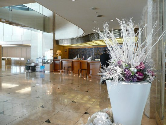 Dai-Ichi Hotel Tokyo Seafort: La Réception de l'Hôtel