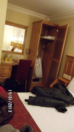 Days Inn London Hyde Park: armadio