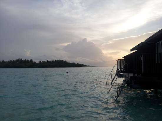 Cinnamon Hakuraa Huraa Maldives:                   Sun set from high room number