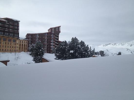 Hotel Club mmv Altitude Arc 2000: vue de la chambre