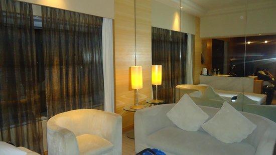 PARKROYAL Kuala Lumpur:                   nice and cozy room
