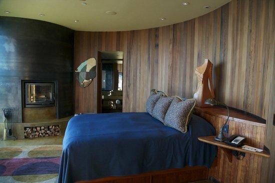 Post Ranch Inn:                   bedroom