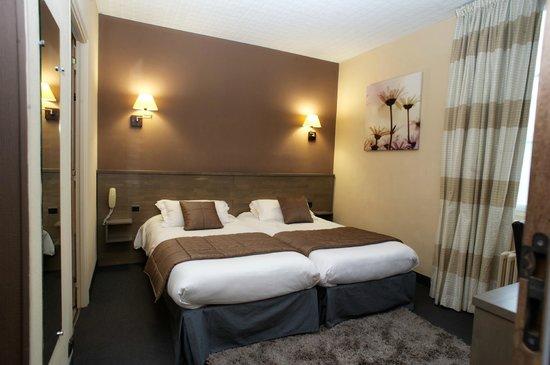 Brit Hotel Le Surcouf : chambre en 2 lits (twin)