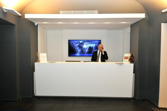 Culture Hotel Centro Storico: front office