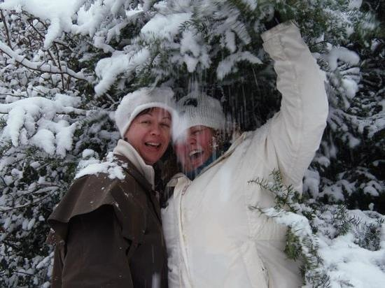 De Vere Latimer Estate: fun in the snow at latimer house