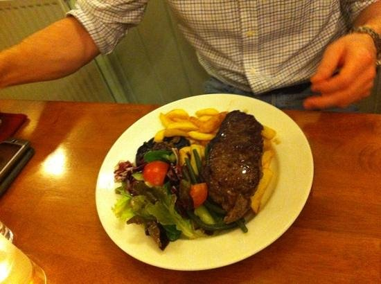 The Swan:                   steak - perfect