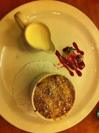 The Swan:                   apple and rhubarb crumble - divine