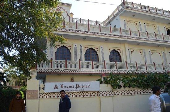 Laxmi Palace: Good Looks
