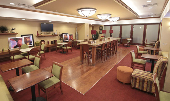 Hampton Inn Hampton-Newport News: Lobby