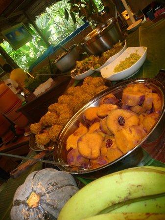 Ecoaldea Kapievi: Comida vegetariana