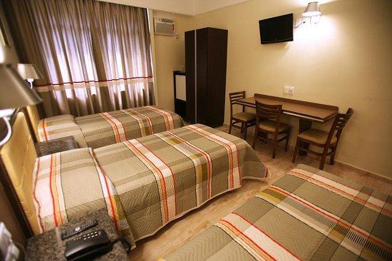 Soneca Plaza Hotel: Triple Room