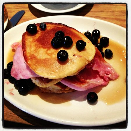 The Barge Inn: Pancakes & some!