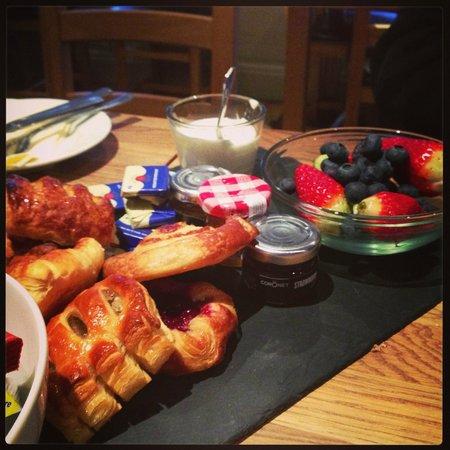 The Barge Inn: More breakfast