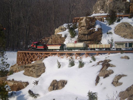 Taltree Arboretum and Gardens: Winter sonw a different look at the Garden Railroad.