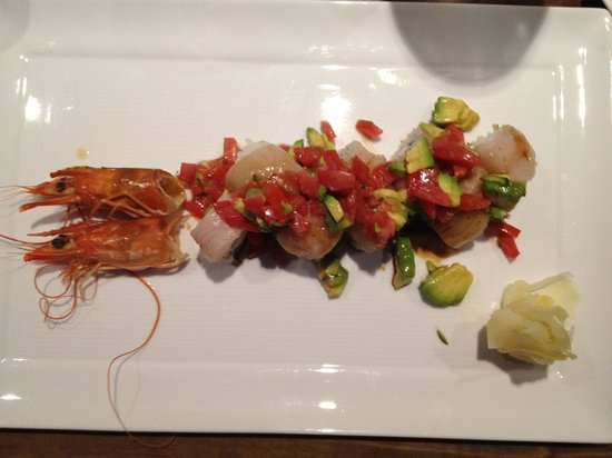 Mizuno Japanese Restaurant: Special Shrimp Roll