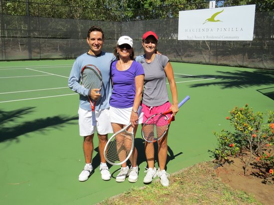 Pura Vida House :                   Great daily tennis.  Both gave me a workout.