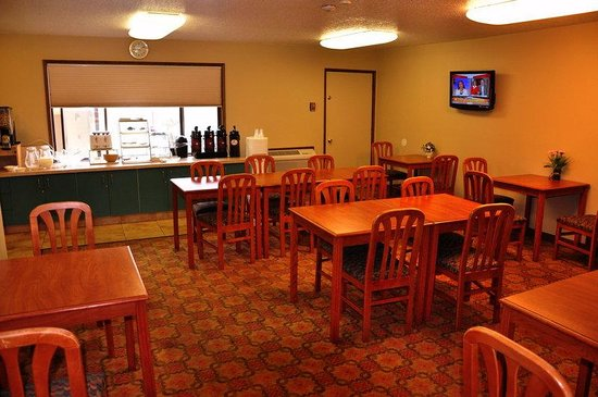 Motel 6 Clackamas: Breakfast Room