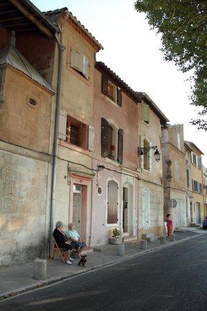 Mia Casa - Maison d'hote :                   Outside Rue Croix Rouge