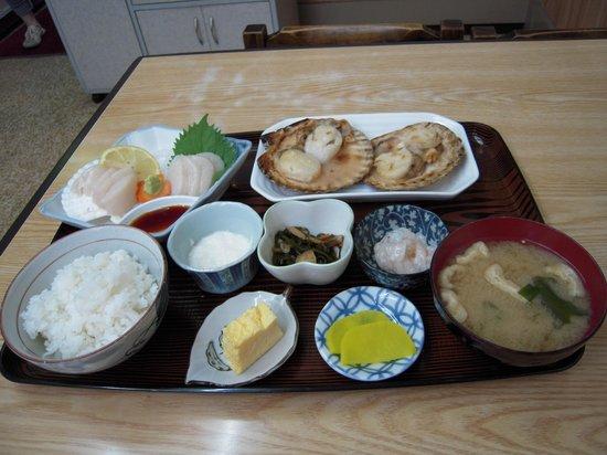 Osanai Shokudo : 組み合わせ定食です