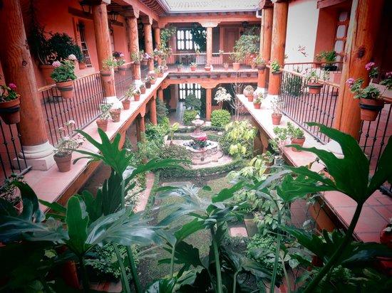 Hotel Pueblo Magico: JARDIN CENTRAL