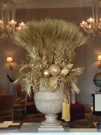 The St. Regis Florence: ARRANGEMENTS