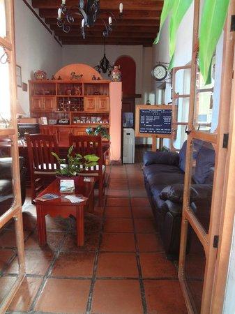 Hotel Pueblo Magico: RECEPCION