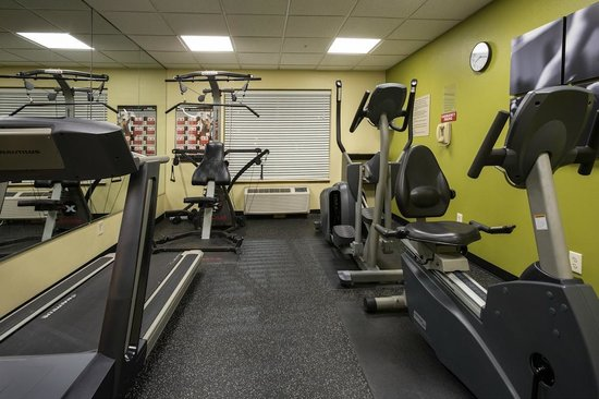 Country Inn & Suites By Carlson, Jacksonville: Workout in Fitness Rooms!!