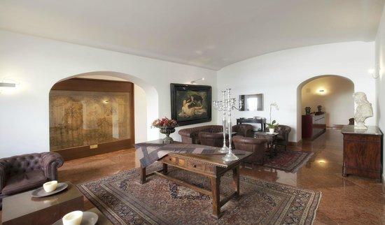 Palazzo Brunaccini: Restaurant & Lounge