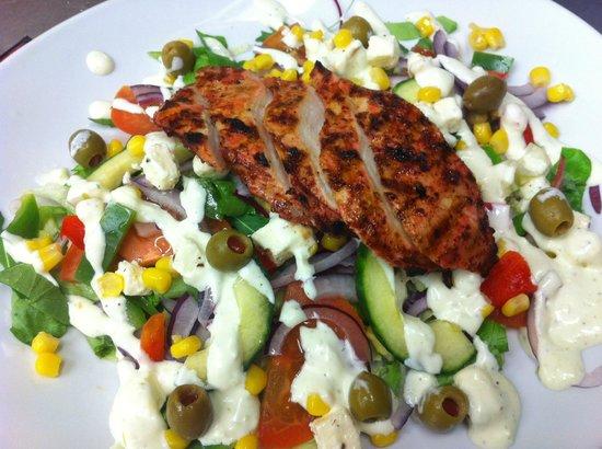 Gamla Kaupfelagid: Raita salad