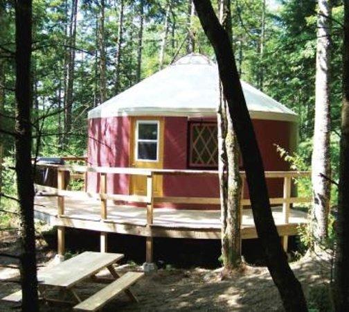 Les Côteaux Missisquoi: yurt Le Lièvre