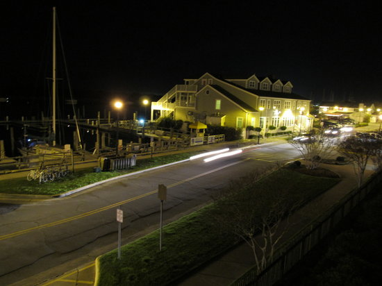 Inlet Inn :                   Quiet Night from the Balcony