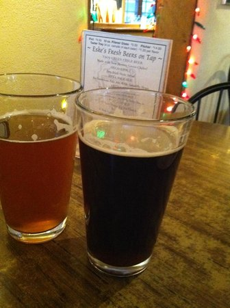 Burch Street Casitas Hotel Downtown: Eske's Brew Pub