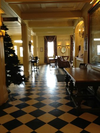 Lincklaen House: lobby