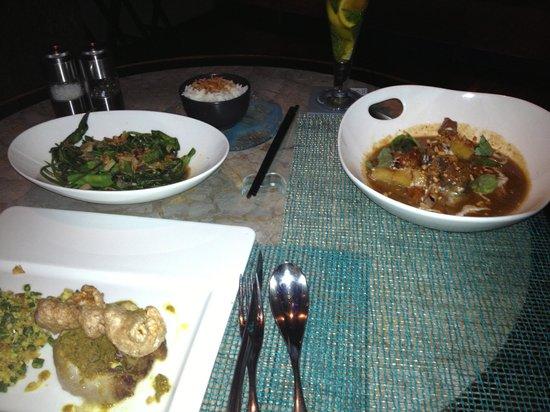 W Bali - Seminyak:                   Food at Starfish Bloo