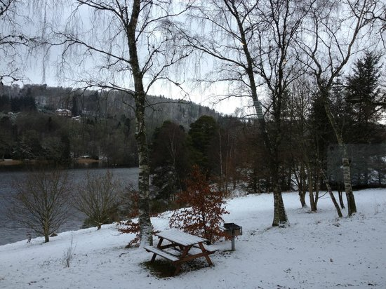 Loch Monzievaird Self Catering Lodges: view from lounge