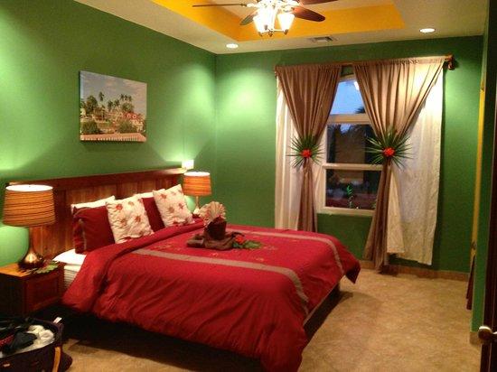 Grand Caribe Belize Resort and Condominiums:                   Masterbedroom