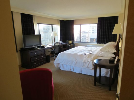 Radisson Hotel Baltimore Downtown-Inner Harbor:                   Heavenly bed