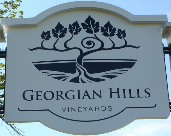 Georgian Hills Vineyards Sign