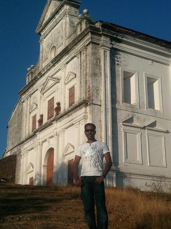 Chapel of Our Lady of the Mount: Me@ Our Lady of the Mount chapel, Old Goa.(Lot of people confuse this with Monte Hill Chapel,Mar