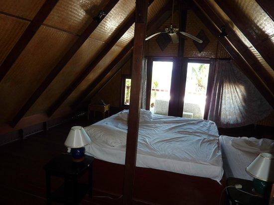 Coconut Paradise Resort :                   Schlafzimmer OG