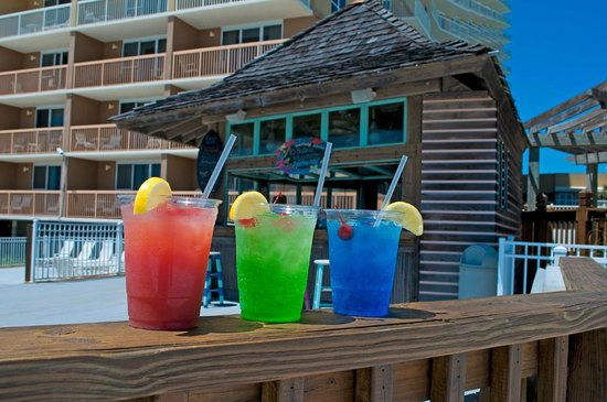 Resorts of Pelican Beach: Tiki Bar at the Pelican Beach Resort