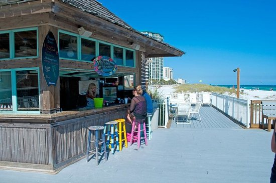 Resorts of Pelican Beach: Tiki Bar at Pelican Beach Resort