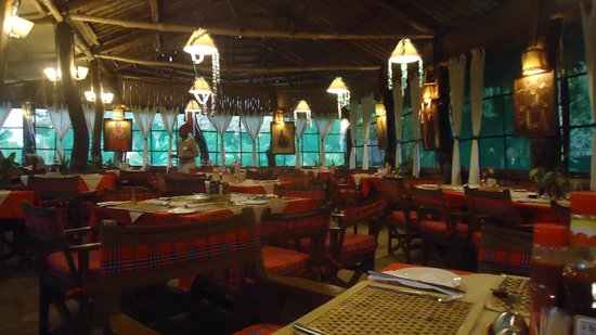 Kibo Safari Camp: sala ristorante