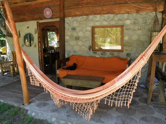 La Casa del Viajero: La cabaña 1 con su 'dueña' (la gata jeje)