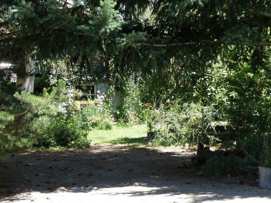 La Casa del Viajero: La cabaña principal, hogar de Agustin y Laura