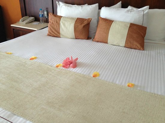 Azul Ixtapa Beach Resort & Convention Center:                   Bed